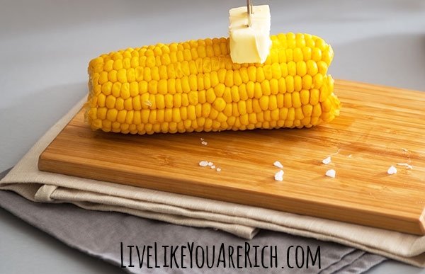 How to Quickly Make Corn on the Cob