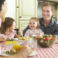 9 Ways to Have a Successful Family Dinner