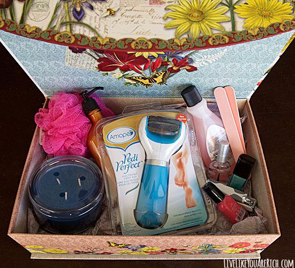 DIY Deluxe Pedicure Gift Box