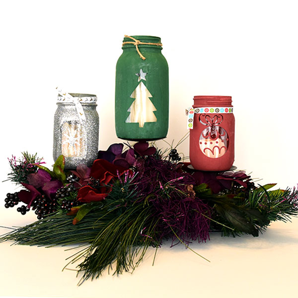D.I.Y. Christmas Mason Jar Craft