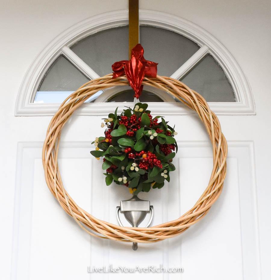 DIY Mistletoe Wreath