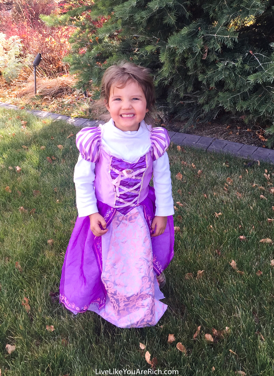 2017 Halloween Costume Reveal + 5 Fun Halloween Activity Spots for Young Kids in Utah & Salt Lake Counties